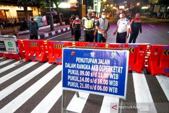 Pemkot Bandung ancam tutup Jalan Dipatiukur yang kerap dipadati