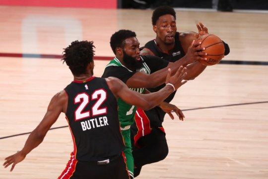 Celtics bangkit dari kekalahan beruntun untuk ubah kedudukan 1-2