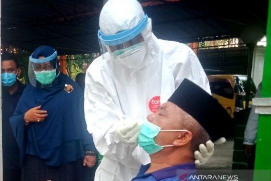 Bupati Aceh Barat Ramli MS positif COVID-19