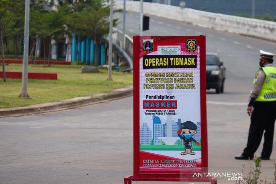 Operasi Yustisi di Pantai Maju sanksi tujuh pelanggar masker