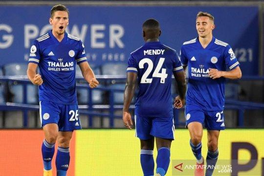 Leicester rebut puncak klasemen setelah bekuk Burnley 4-2