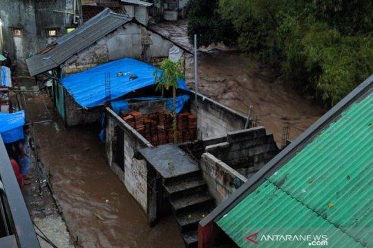 Tim SAR gabungan dikerahkan cari dua warga terseret banjir bandang
