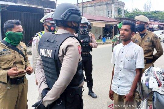 Pelanggar protokol kesehatan di Aceh Jaya dihukum baca Alquran