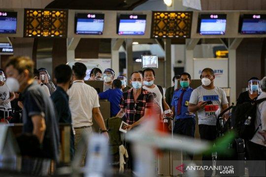 Rencana pembebasan biaya layanan penumpang di bandara