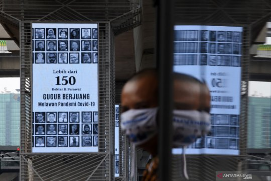 PSBB diperpanjang, TransJakarta tak ubah waktu operasional