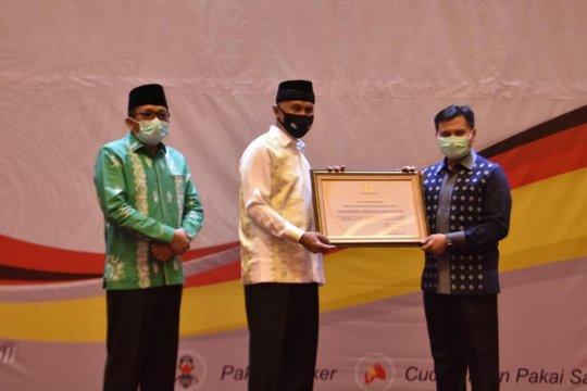 Padang beri penghargaan kepada 64 lembaga yang bantu tangani COVID-19