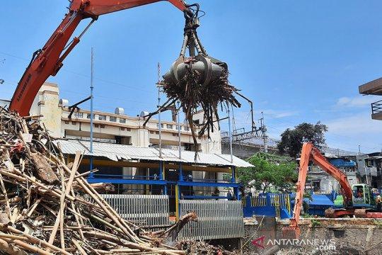 BNPB: 30 KK di Jakarta masih mengungsi akibat banjir