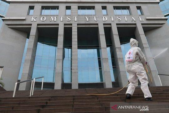 Pimpinan dan pegawai KY terima vaksin dosis pertama