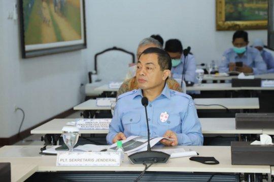 Menteri Kelautan dan Perikanan belum hadir dalam rapat dengan DPR RI