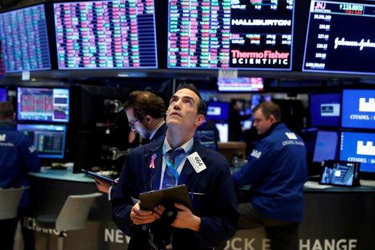 Wall Street anjlok, Indeks Dow Jones jatuh 649,59 poin