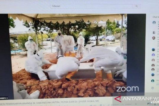 Pemakaman putra Wali Kota Jambi dilakukan dengan protokol COVID-19