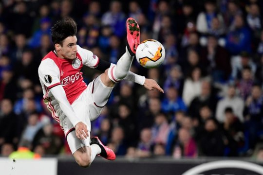 MU kembali incar pemain Ajax jika Alex Telles gagal ditarik