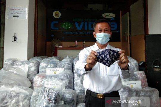 Bantul berdayakan ratusan UKM produksi masker batik
