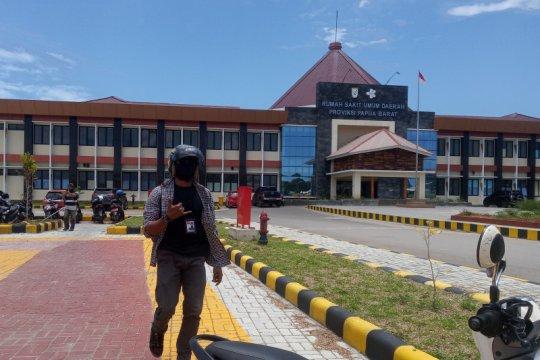Tangani COVID-19, satu dokter spesialis paru segera tiba di Manokwari