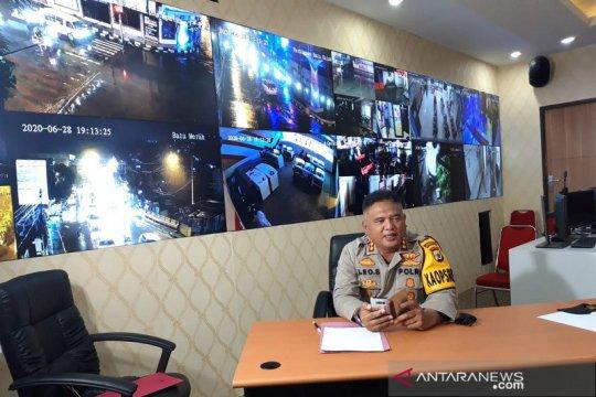 Polisi ringkus pasutri pembawa cairan merkuri