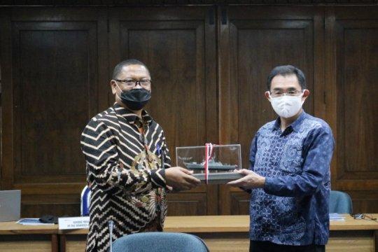 Kemhan Jepang kunjungi PT PAL Indonesia bidik kerja sama perkapalan