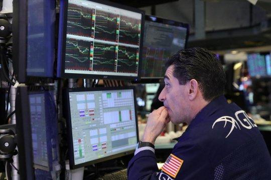 Wall Street dibuka menguat tipis setelah aksi jual sesi sebelumnya