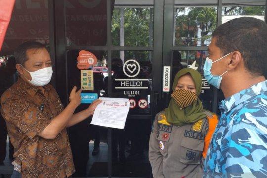 Lima tempat usaha di Sunter Agung disegel karena langgar PSBB Jakarta