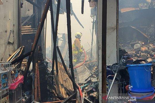 Kerugian kebakaran Pasar Cempaka Putih diperkirakan Rp9 miliar