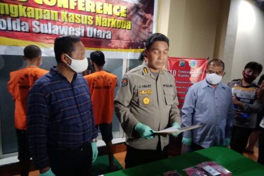 Polda Sulut tangkap tiga tersangka pemilik sabu-sabu