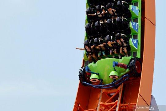 Disneyland Hong Kong kembali dibuka untuk publik