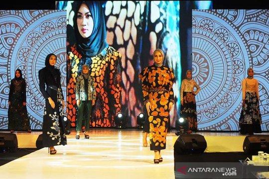 Ipemi sampaikan muslimah bangga dengan batik