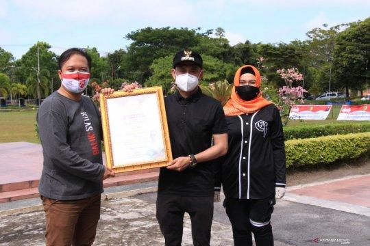 """Wali Kota Palangka Raya dapat penghargaan """"Covid Hero"""" dari ANTARA"""