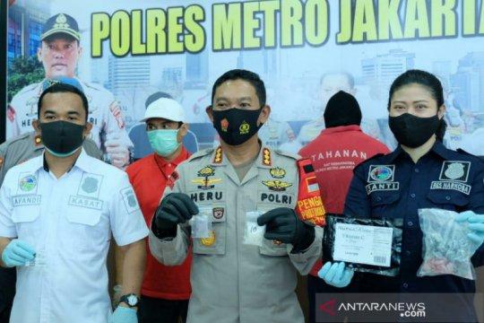 Polres Jakarta Pusat amankan pemilik ganja berkedok permen jeli