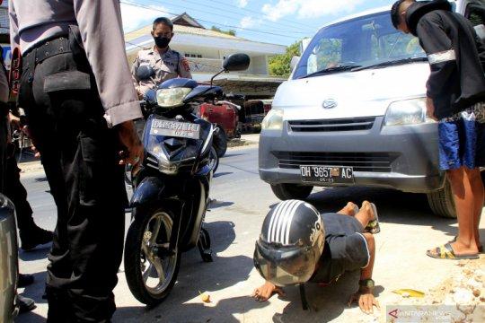 Polisi di NTT beri sanksi pengendara bermotor tak gunakan masker