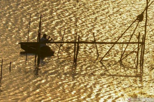 Anggota DPR sebut Keramba Jaring Apung bisa sinergi dengan pariwisata