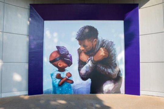 Disneyland luncurkan mural Chadwick Boseman