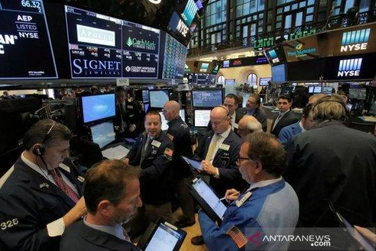 Wall Street melonjak setelah aksi jual tajam, Dow terangkat 433 poin