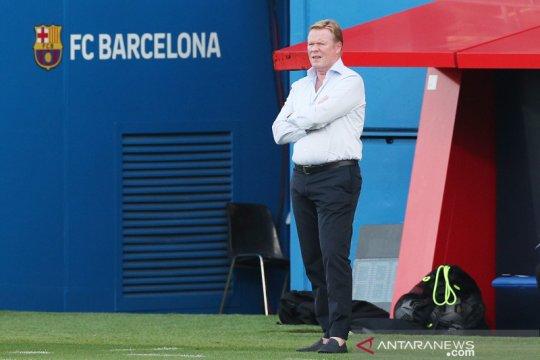 Ronald Koeman ogah disalahkan atas kepergian Luis Suarez dari Barca