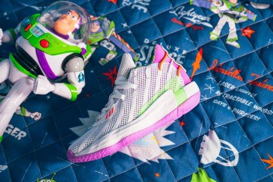 "Adidas luncurkan koleksi kolaborasi dengan ""Toy Story"""