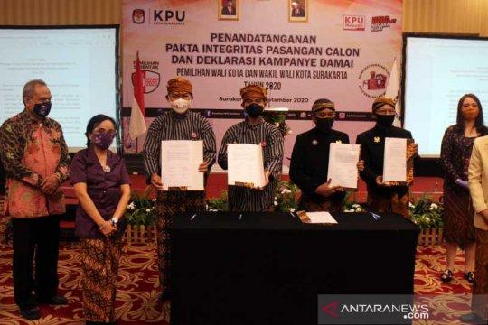 Kedua pasangan calon Pilkada Surakarta deklarasi kampanye damai