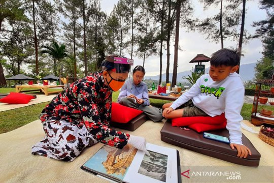"""PT TWC luncurkan paket """"Dagi Abhinaya Picnic Breakfast"""" di Manohara"""
