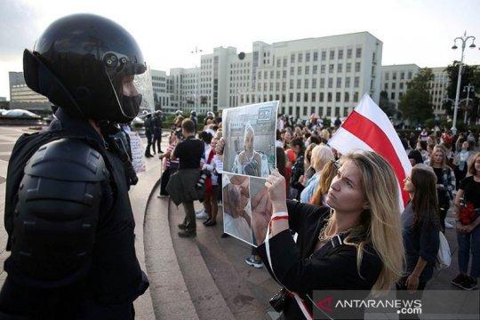 Pemimpin oposisi Belarus bertemu Presiden Prancis