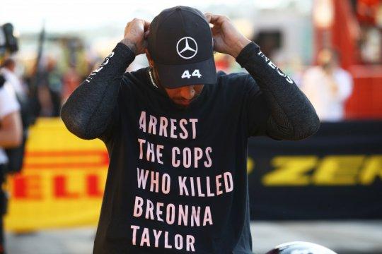 """Aturan baru FIA larang Hamilton kenakan kaus """"Breonna Taylor"""""""
