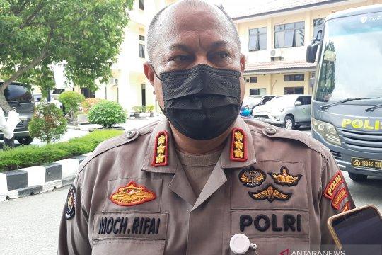 """Polda Kalimantan Selatan tahan """"koboy"""" yang acungkan pistol di jalan"""