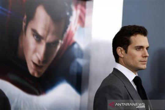 "Henry Cavill sebut ingin perankan ""James Bond"""
