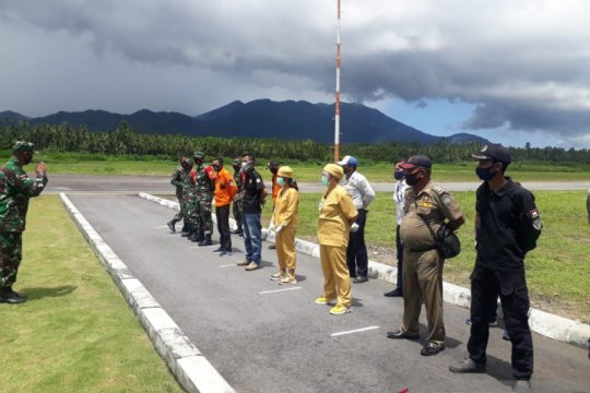 Satgas Angkutan Udara di Sangihe perketat pengawasan di Bandara Naha