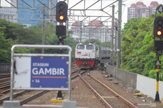 Indef: Transportasi kereta api pilar tumbuhkan perekonomian