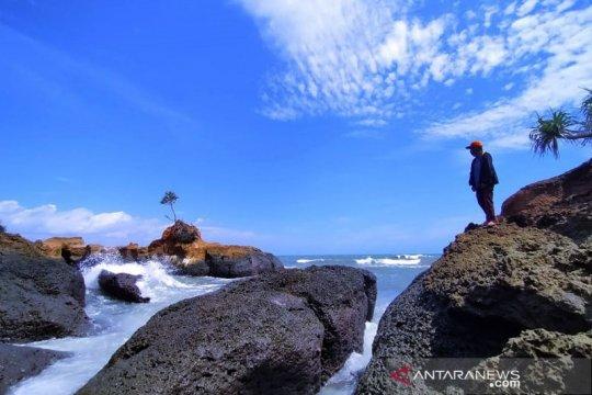 Pantai Padang Betuah jadi ikon wisata baru Bengkulu Tengah