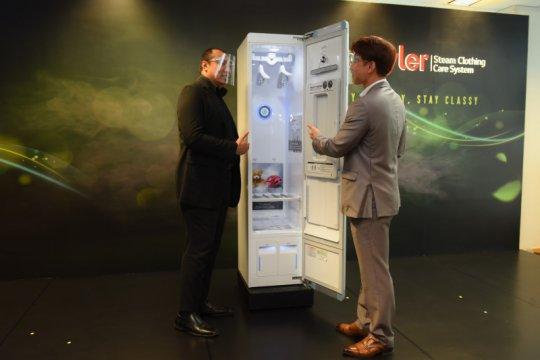LG Indonesia perkenalkan lemari pintar penghalau virus corona