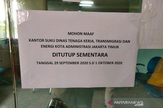 Satu pegawai positif COVID-19, Kantor Sudinakertrans Jaktim ditutup