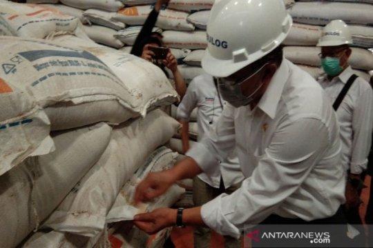 Pemerintah siapkan 450 ribu ton beras bansos