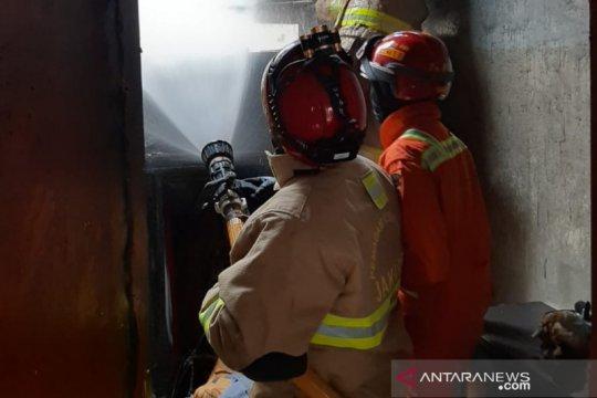 Rumah di kawasan Lubang Buaya terbakar akibat korsleting listrik