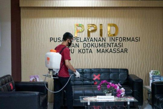 Komisioner positif COVID-19,  KPU Makassar atur skema kerja