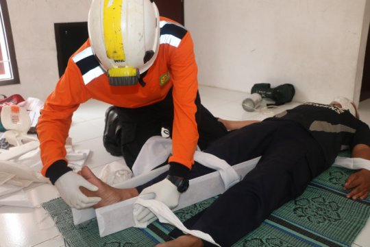 Basarnas latih ribuan relawan kemampuan pertolongan korban bencana