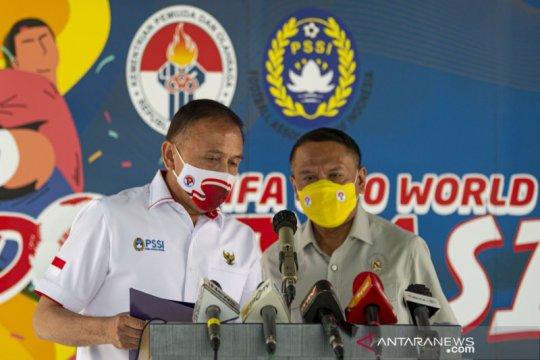 Kompetisi Liga Indonesia ditunda hingga bulan November